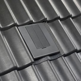 Venduct_Uni-Line_Tile_Vent_installed
